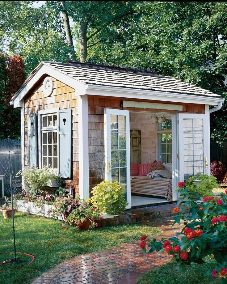 9 Gorgeous She Shed Ideas